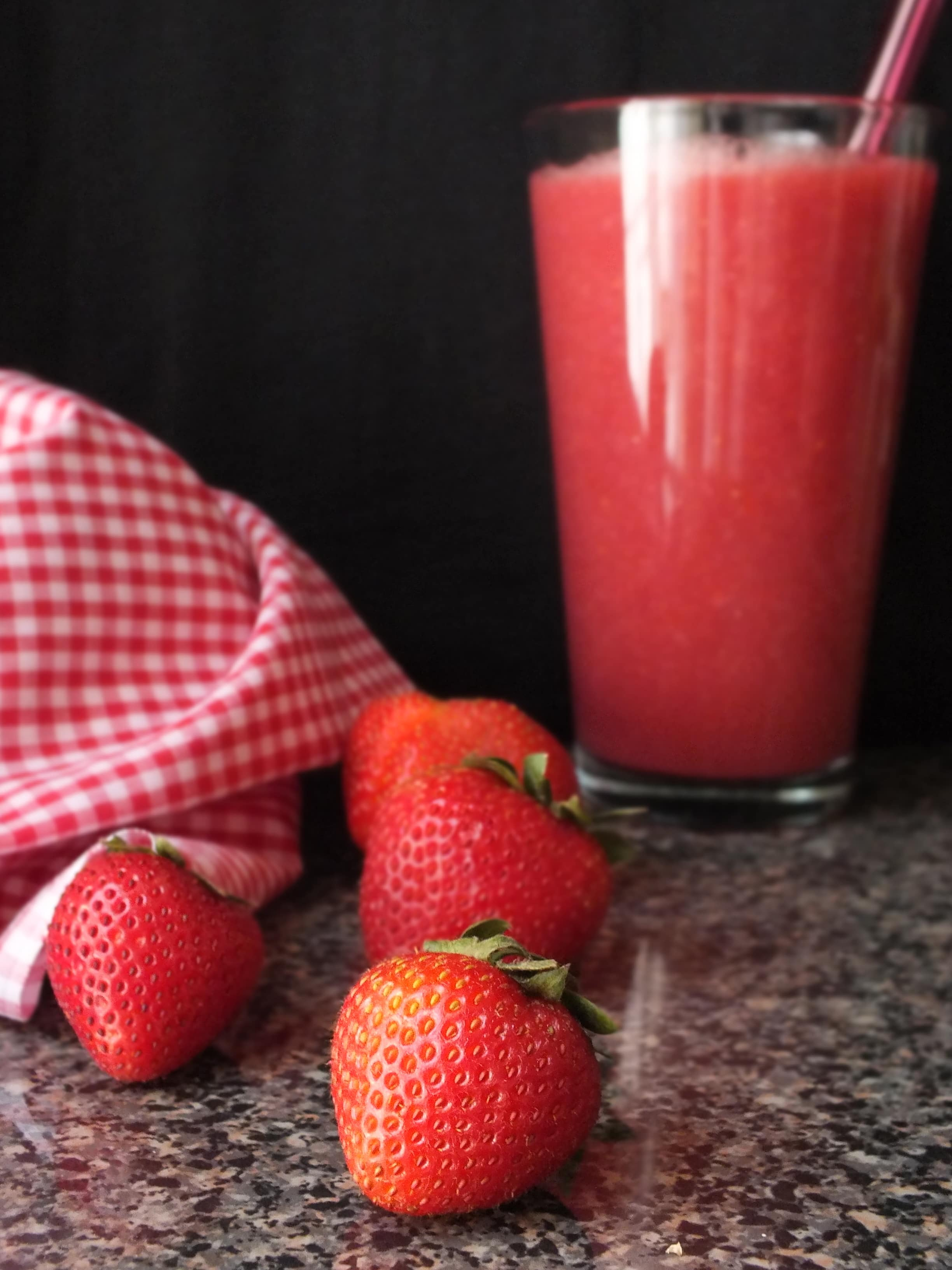 Smoothie Saturday: Heart Healthy Reds