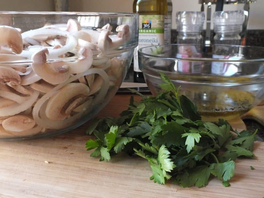 Lemon-Parsley Marinated Mushrooms [Raw, Vegan, GF]
