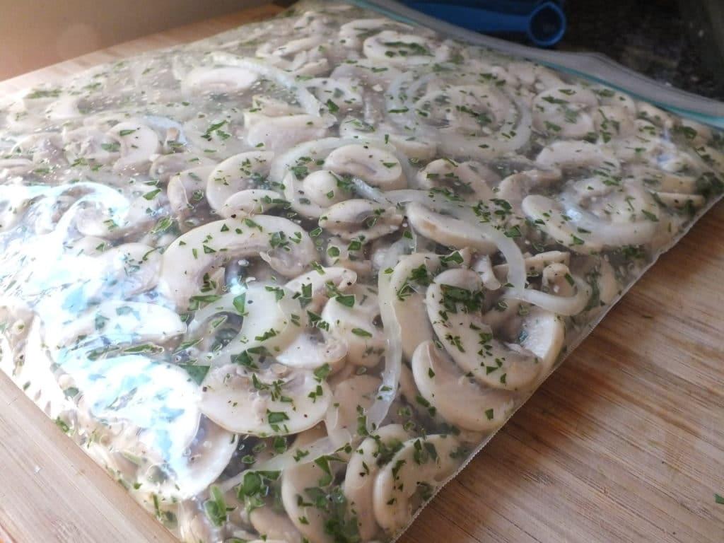 Lemon-Parsley Marinated Mushrooms Freezer Bag