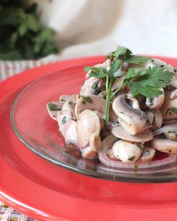Lemon-Parsley Marinated Mushrooms