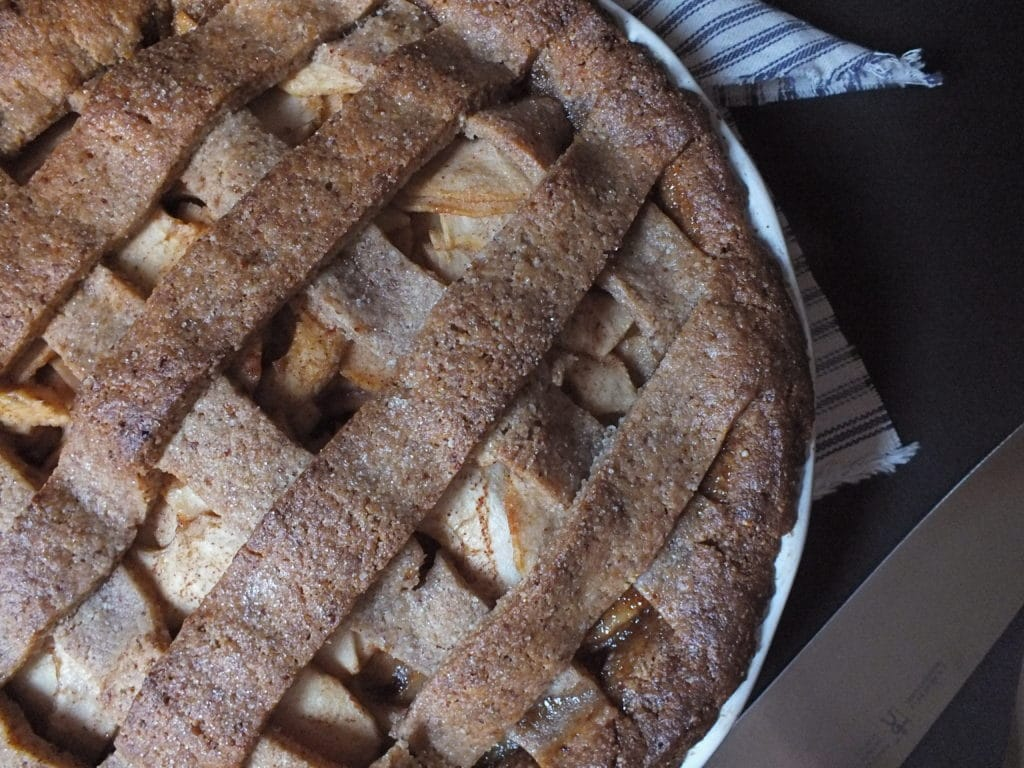 Americana Apple Pie