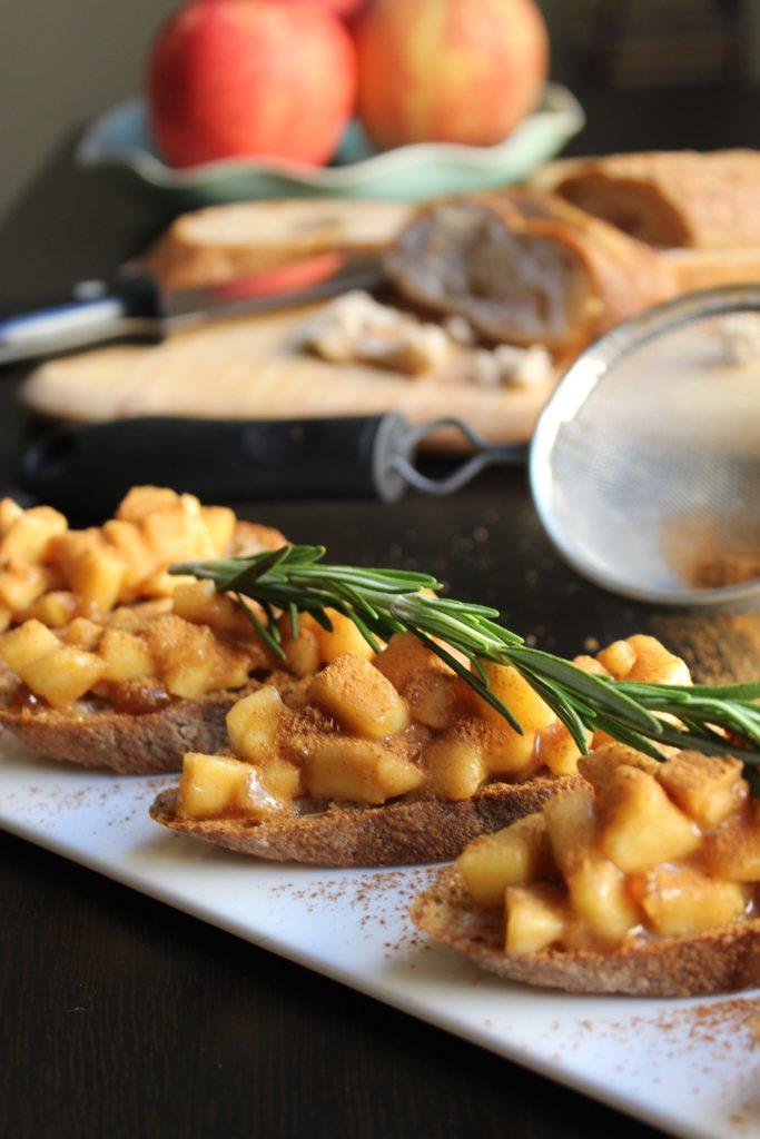 Apple Pie Bruschetta Rosemary