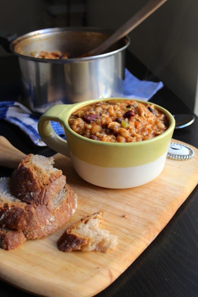 Italian Chicken Chili Bread Pan