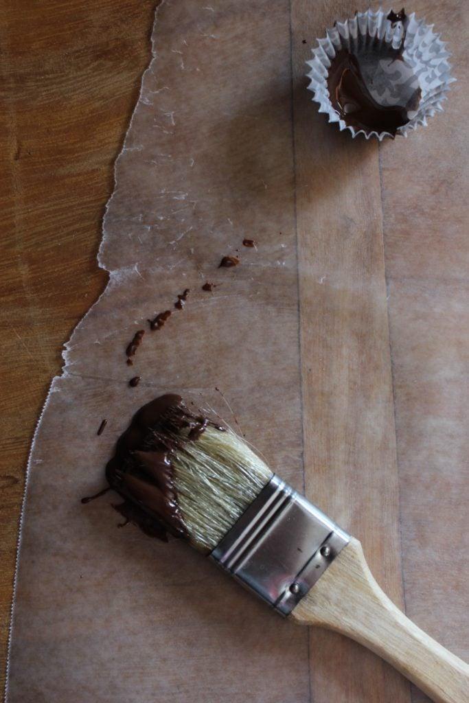 Mini Chocolate Truffle Cups with Brush