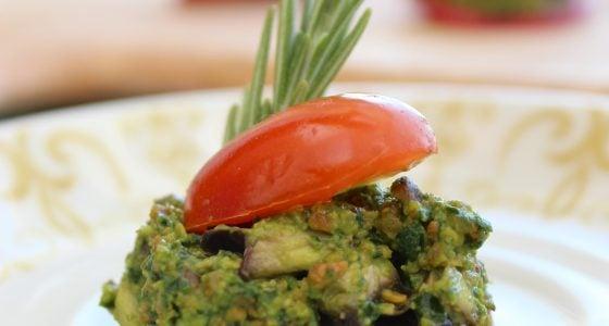 Pistachio Pesto Canapés