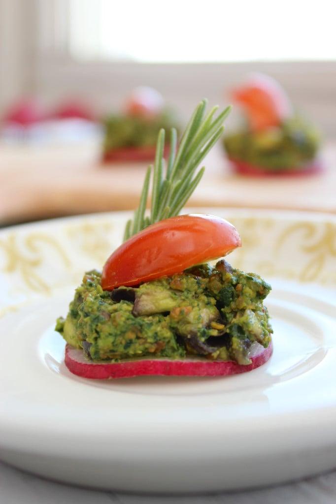 Pistachio pesto canap s the fitchen for Canape vegan