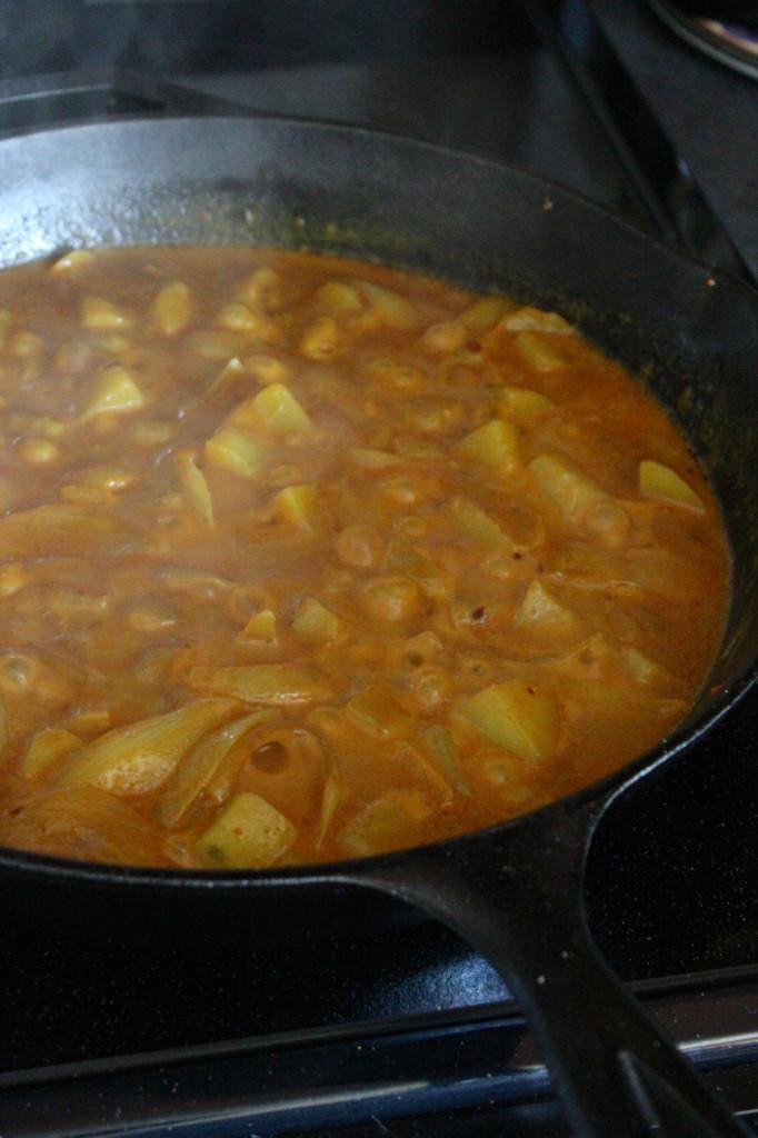 Spicy Shrimp Vindaloo Pan