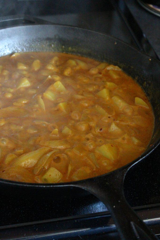 Spicy Shrimp Vindaloo in Pan