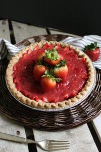 Easy No-Jello Strawberry Pie