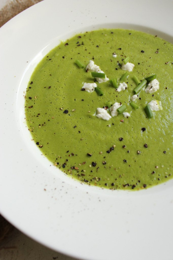 30-Minute Healthy Green Pea Soup