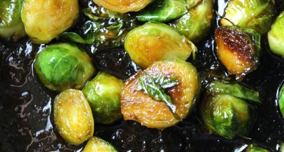 Sweet and Spicy Sriracha Brussels Sprouts