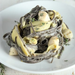 Healthy Pasta with Bay Scallops and Creamy Cauliflower Sauce