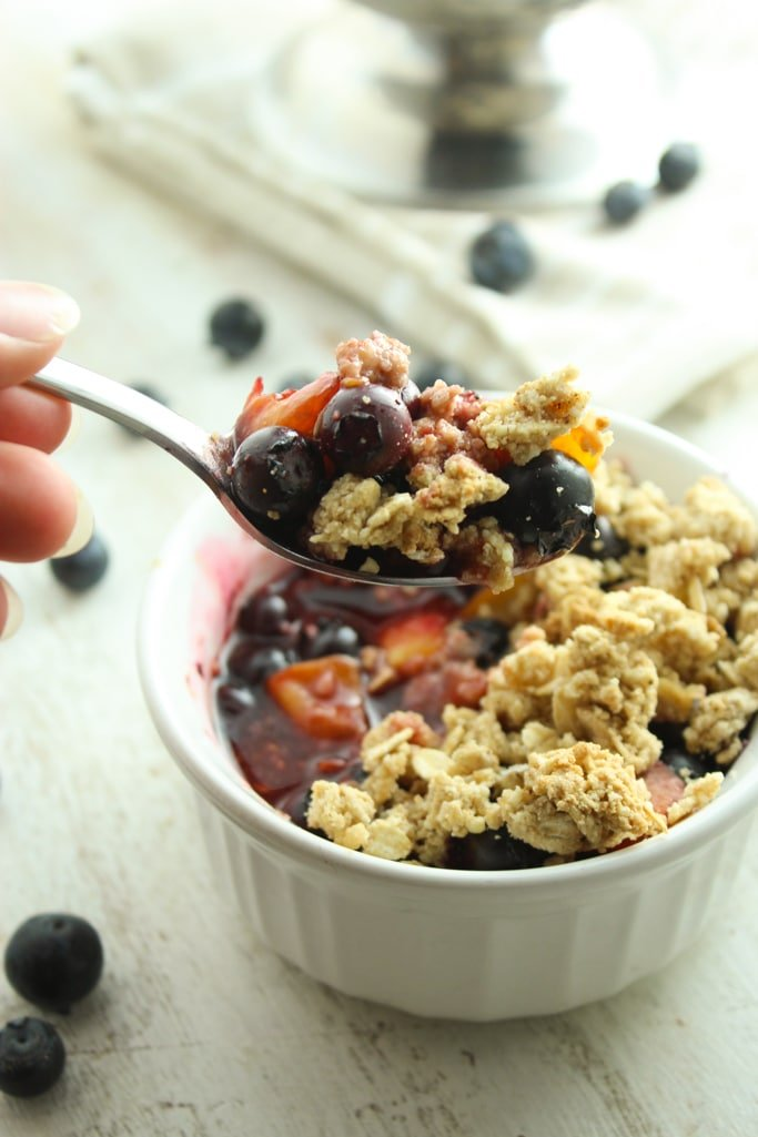 Blueberry Peach Crisps