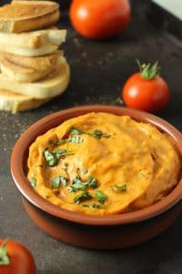 2-Ingredient Roasted Tomato Dip