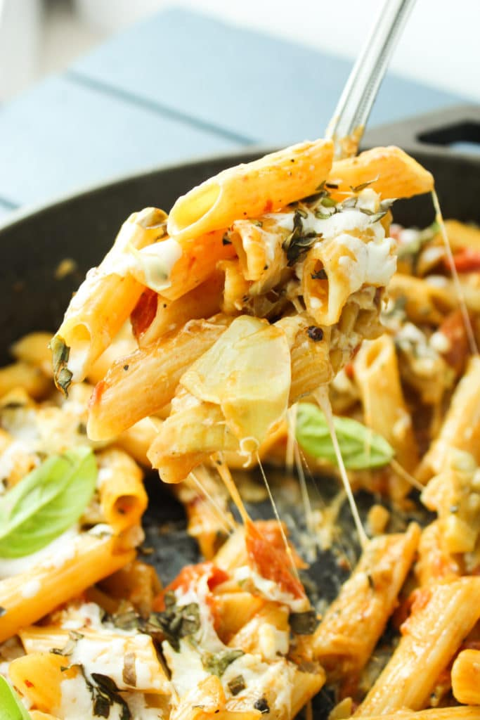 One Pot Tomato Artichoke Penne