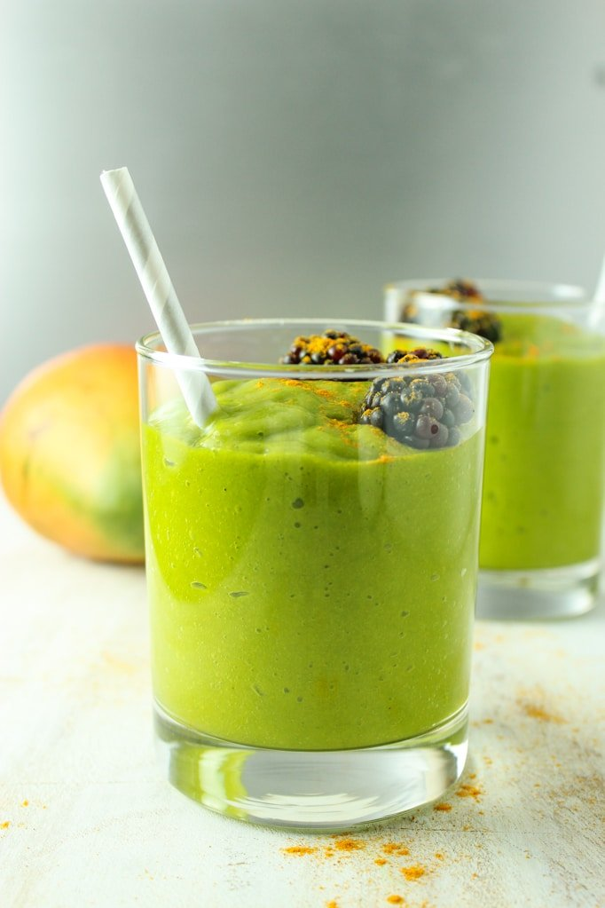 Mango Turmeric Green Smoothie