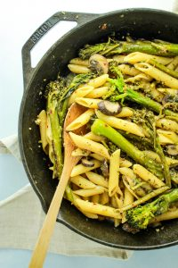 broccolini pasta with white wine sauce