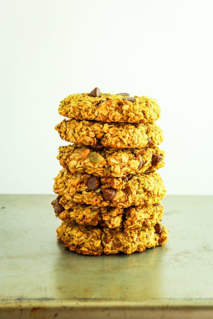 6 Vegan Pumpkin Breakfast Cookies