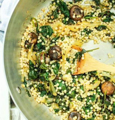 Israeli Couscous with Spinach and Mushrooms