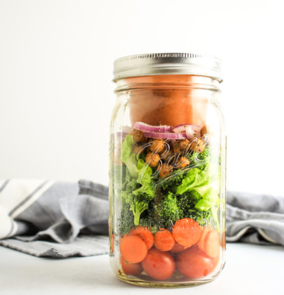 Mason Jar Salads with Kalamata Dressing