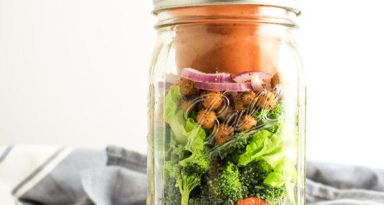 Mason Jar Salads with Kalamata Dressing