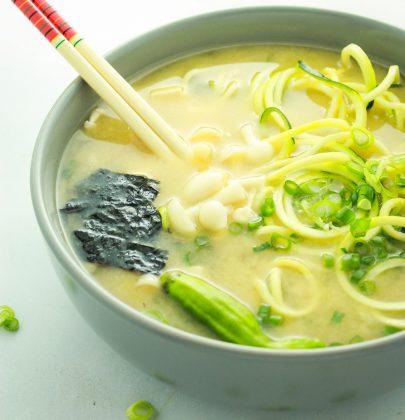 Easy Vegan Miso Soup