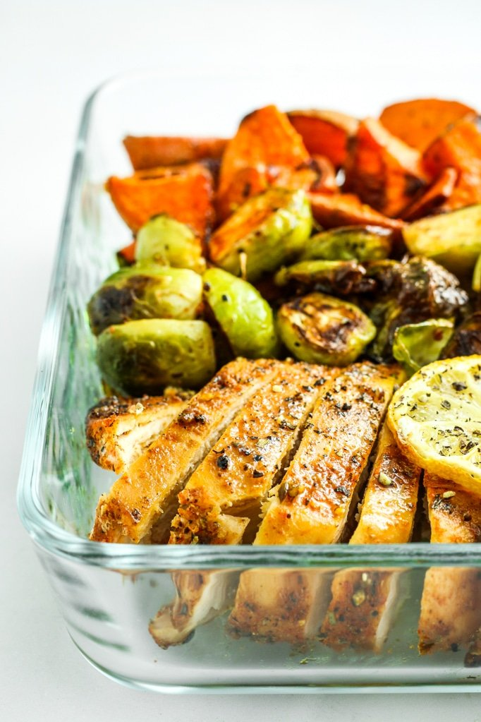 Blackened Chicken Sheet Pan Dinner with Sweet Potatoes – This blackened chicken sheet pan dinner with sweet potatoes and brussels sprouts is easy, healthy, and quick. Perfect for weeknight dinners and meal prep!
