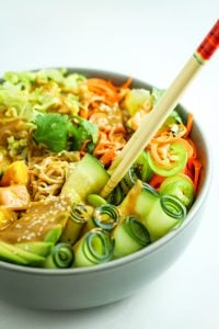 Summer Roll Bowls – All of the flavors of summer rolls from my Thai spot but no takeout and no rolling rice papers at home. LOVE this recipe.