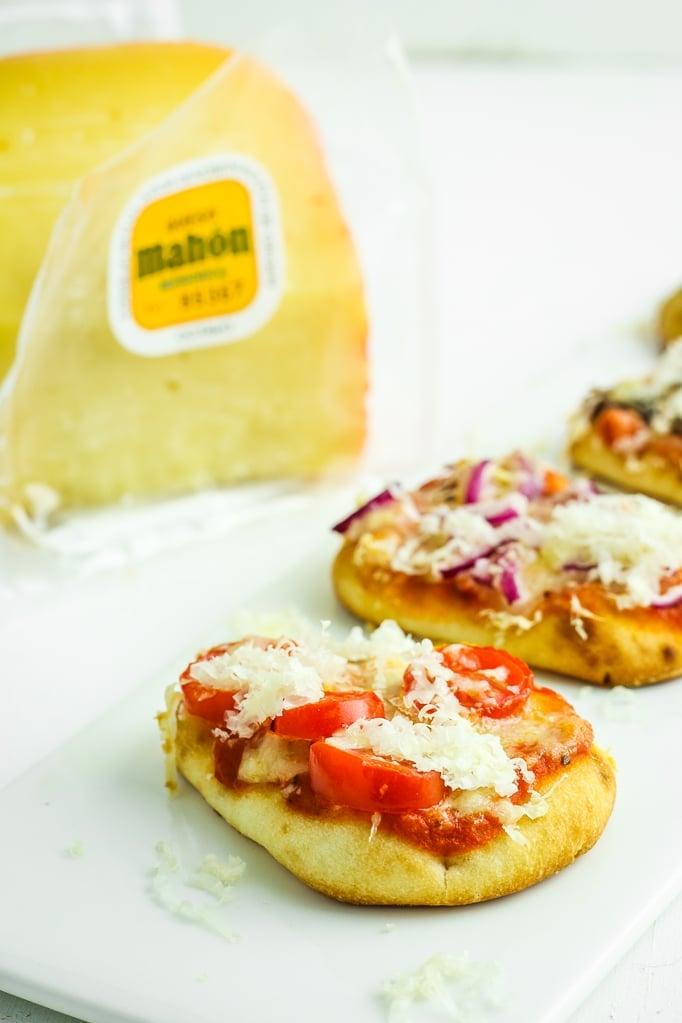 Tapas Pizzas Cheese